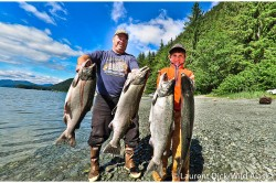 Sean McKeown Florian Wade King Salmon Fishing Juneau - (c) Laurent Dick - Wild Alaska Travel