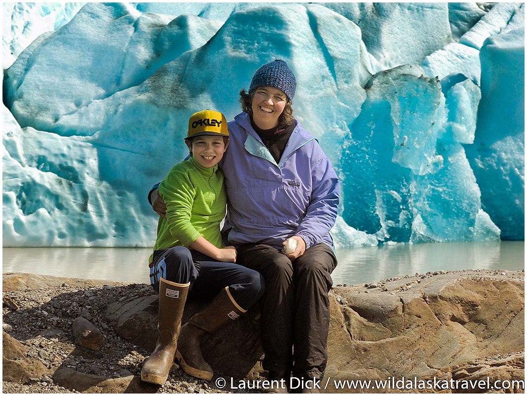 Florian and Greta Wade Mothers Day Mendenhall Glacier Juneau - Photo (c) Laurent Dick - Wild Alaska Travel